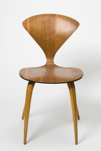 Image 01: Molded plywood chair