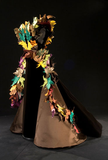 Foglie (Leaves) Sculpture, 2007, silk velvet and silk satin (N.326)